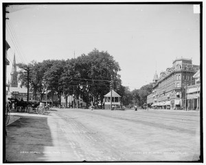 Central Square Keene NH circa 1905; Detroit Publishing Co., gift of State Historical Society in 1949; Library of Congress Prints & Photographs Division