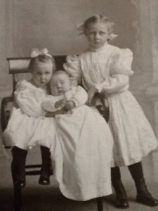 Children of -- Rolfe: Florence, Robert and Helen. Photograph courtesy of Rebekah Rolfe Sutherland, and used here with her permission.