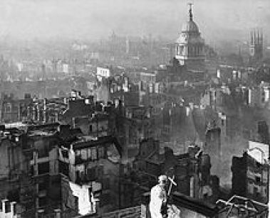 view_from_st_pauls_cathedral_after_the_blitz