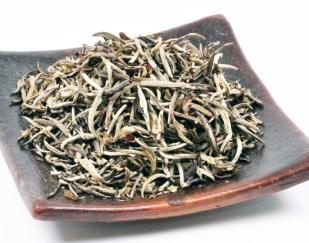 Herbata Biała Yin Zhen Srebrna Igła