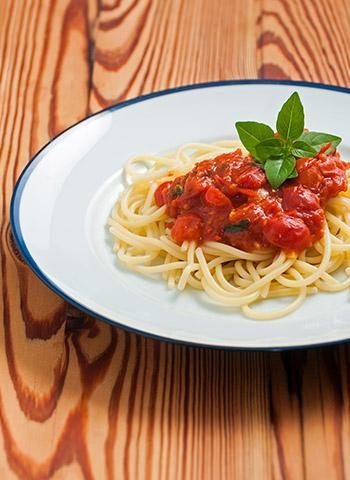 Spaghetti com tomate e pimenta | Cozinha do João