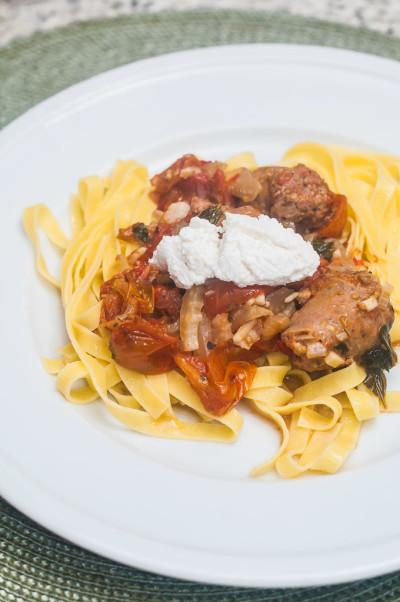 Receita: Tagliatelle com linguiça italiana e ricota   Cozinha do João