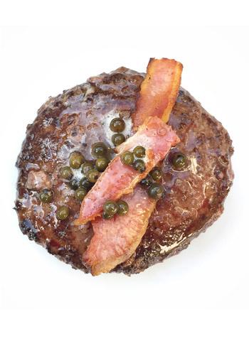 Hambúrguer de Maminha com Bacon e Pimenta Verde | Cozinha do João