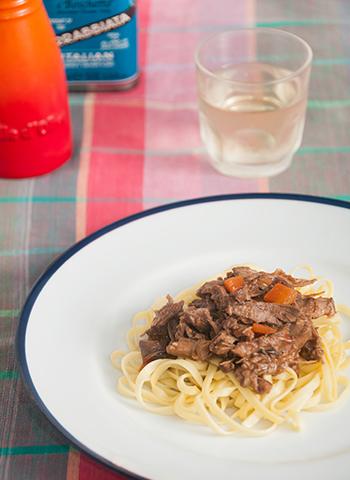 Receita de Tagliolini com ragu de coelho | Cozinha do João
