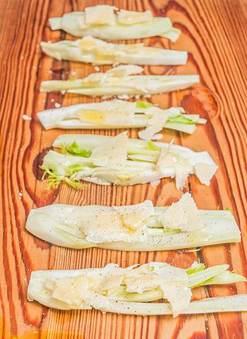 Erva doce com queijo Parmigiano-Reggiano