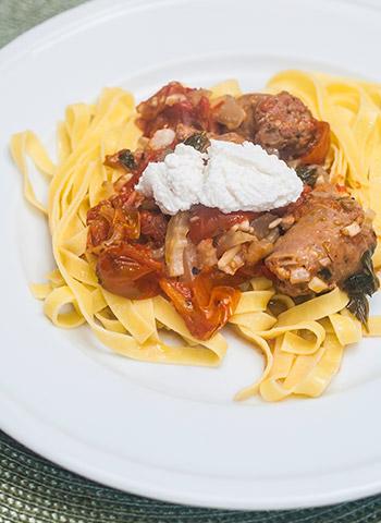 Receita: Tagliatelle com linguiça italiana e ricota | Cozinha do João