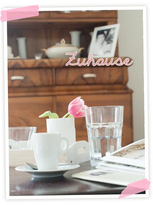 Unser wunderschönes kuscheliges Zuhause, das liebe ich. Und Feierabend. Mit einem Caffee und einem schönen Buch im Wohnzimmer!