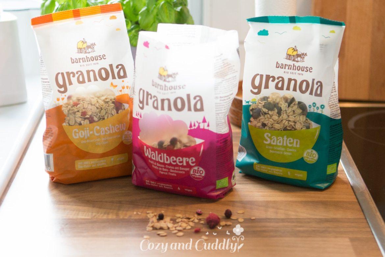 Gesund Naschen: Vegane Frozen-Yoghurt-Granola-Cups mit dem neuen Granola von Barnhouse - Werbung