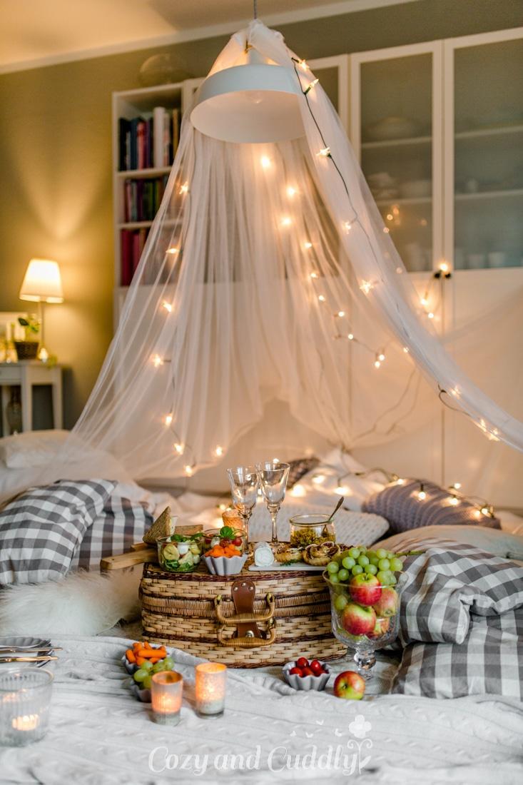 Tipps für ein kuscheliges Indoor-Picknick und Blitz- Rezepte