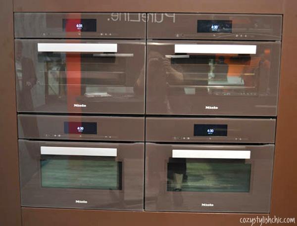 Miele Gen 6000 Combi-Steam Oven in Truffle Brown