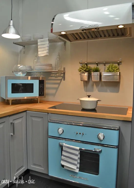 Retro Kitchen Appliances - 50s Styling with Today's Modern Technology