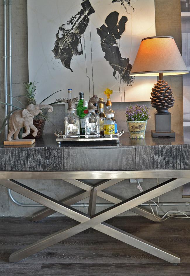 Modern And Masculine Interior Design At Met Lofts