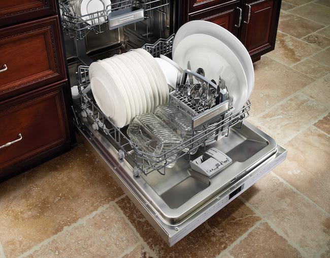 Thermador Sapphire Glow Dishwasher via cozystylishchic.com