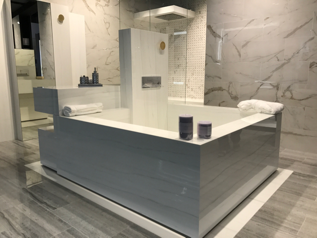 Coverings 2017 - large format tile trend
