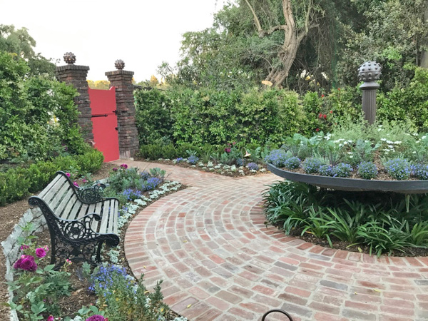 2017 Pasadena Showcase House of Design - Haynes Landscaping and Design via Cozy • Stylish • Chic