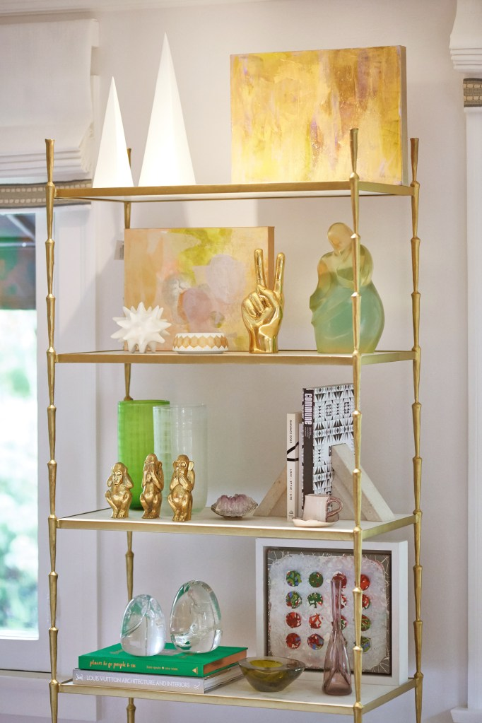 Shelfie at the Pasadena Showcase House by Jeanne Chung