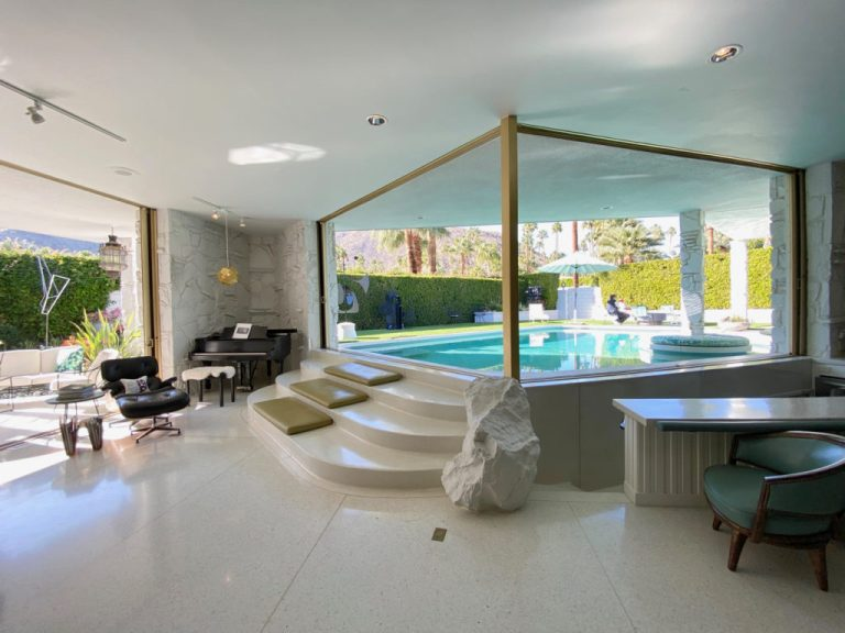 Mid century swimming pool - Morse House, Palm Springs