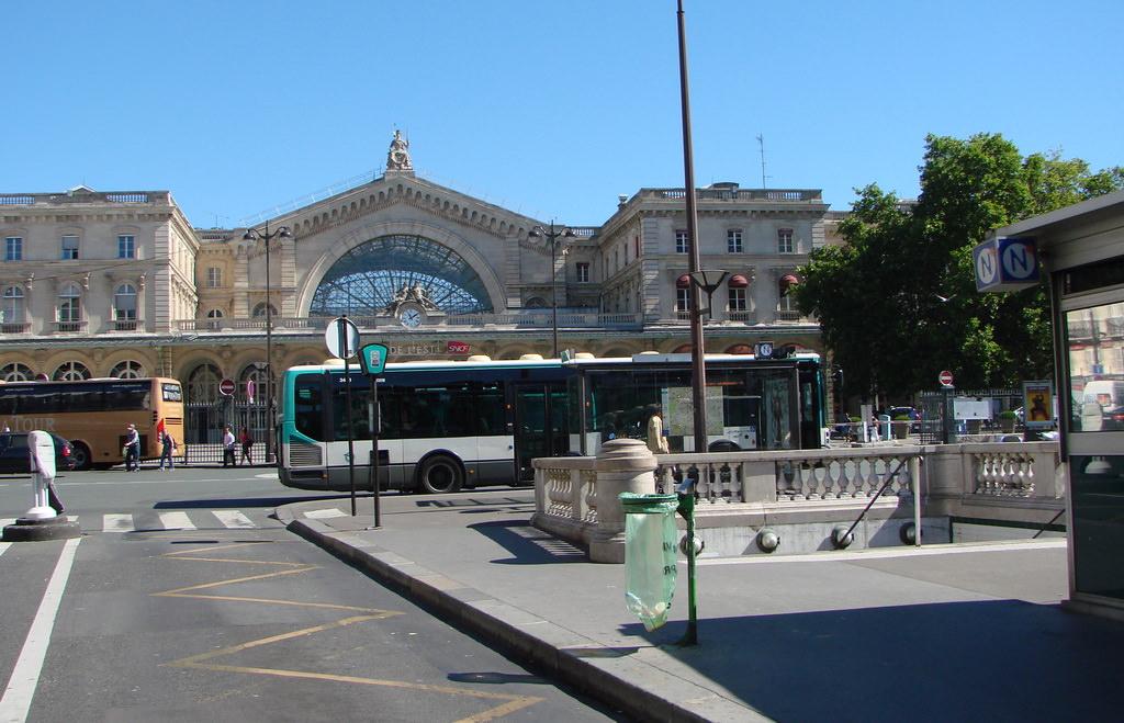 Le Mtropolitain De Paris Ligne 7 Paris Hieraujourd
