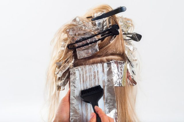 Hair colouring foils