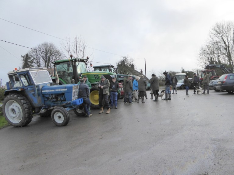 TRACTOR RALLY AT THE FIVE BELLS INN