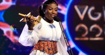 VGMA22: Diana Hamilton Beats Kidi, Sarkodie And Medikal To Win Artiste Of The Year