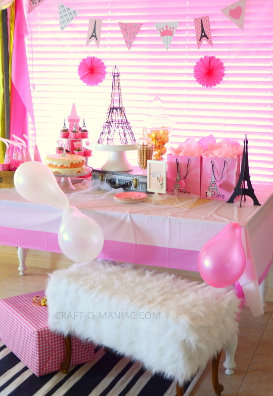 Black And White For A Birthday Party Decoration Ideas