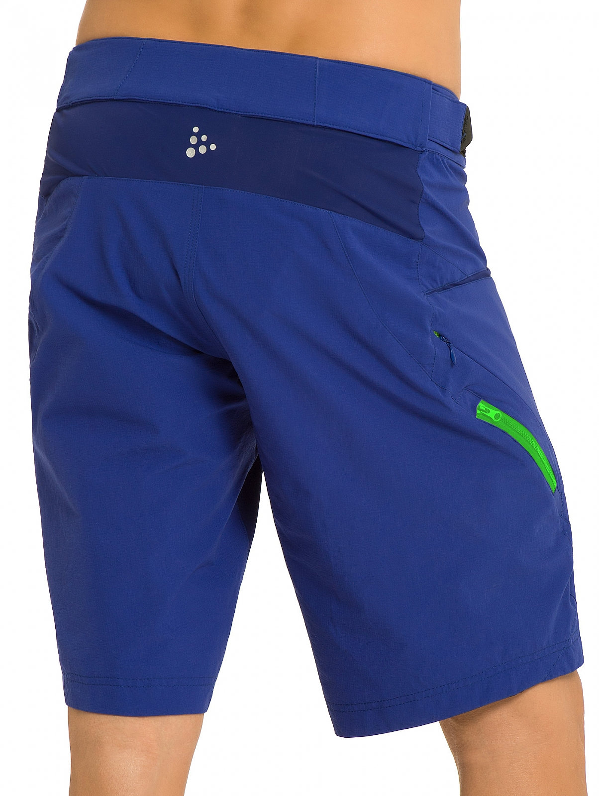 https://i1.wp.com/www.craft-sports.de/out/pictures/generated/product/2/1300_1600_100/Craft-Path-Bike-Loose-Fit-Shorts-blau-1900683-2344.jpg