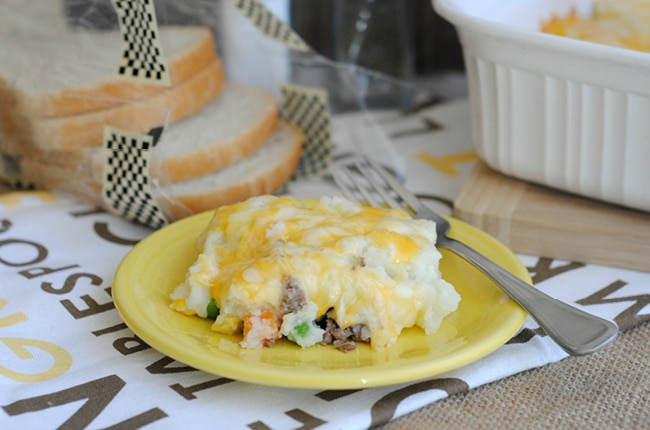 This easy leftover shepherd's pie recipe is so delicious your family won't realize it's made from leftovers!