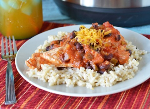 My 5 minute Instant Pot Southwest Chicken Recipe will have your family asking for seconds!