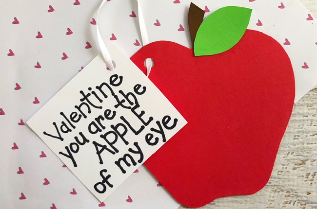 These Easy Apple of My Eye Valentines are much more than easy, they are fun and adorable too.