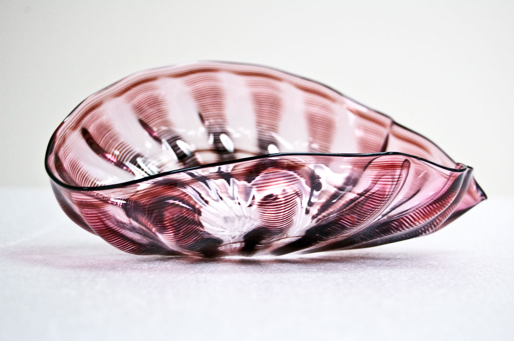 Dale Chihuly, Nesting Cranberry Bowl, Courtesy of Susan Steinhauser and Daniel Greenberg