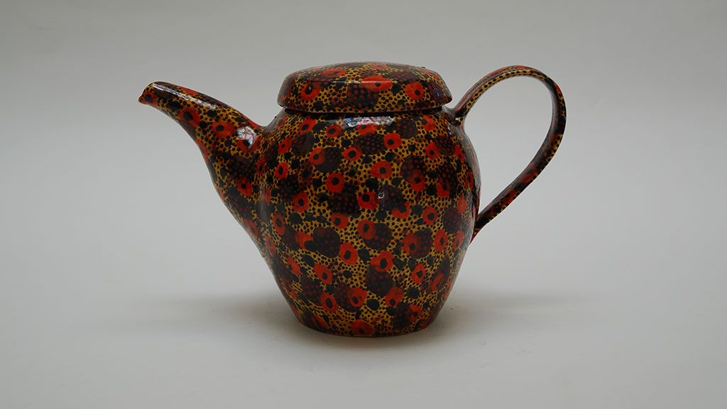 Gail Kendall, Teapot, 2014. Madison Metro photograph