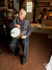 Tony Ellis with his Stelling banjo.