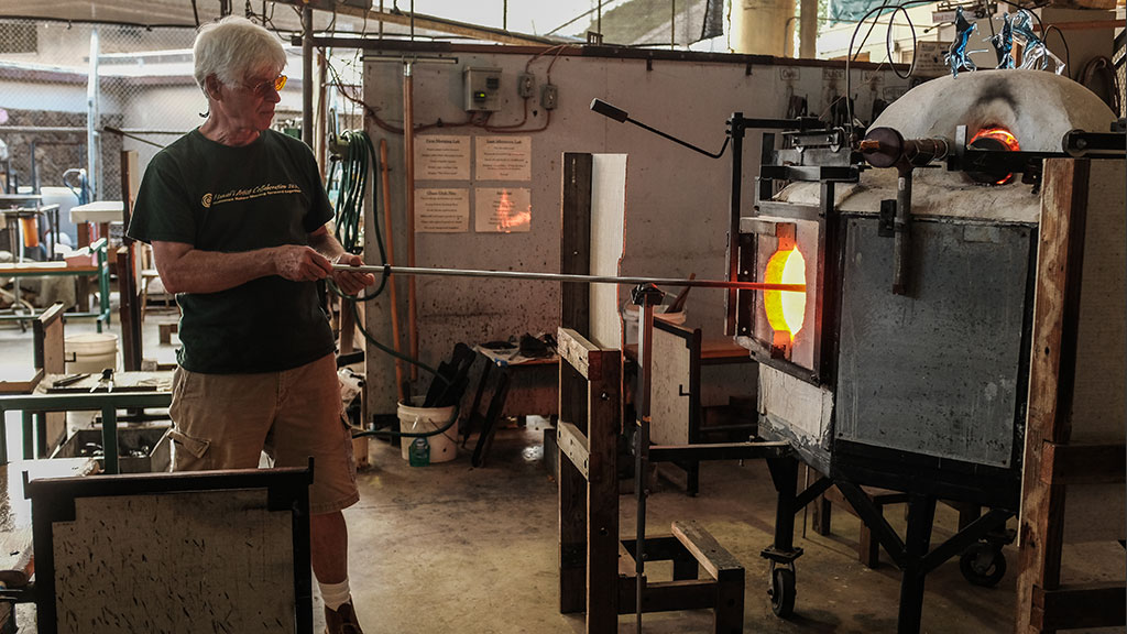 Hugh Jenkins glassblowing. Mark Markley photograph