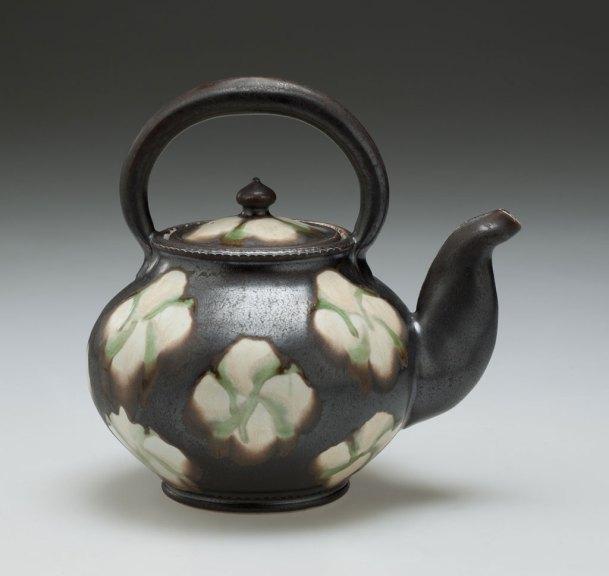 Linda Sikora, Teapot,