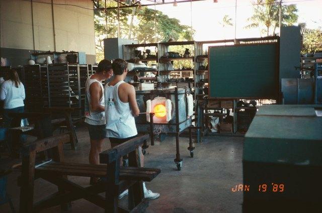 Punahou's glass shop, 1989. Courtesy Boyd Sugiki