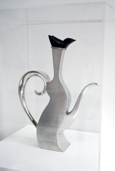 Randy Stromsoe, Santa Rosa, 1992. Pewter and ebony, Silversmith, Rooted: Craft Origins from the California Episode