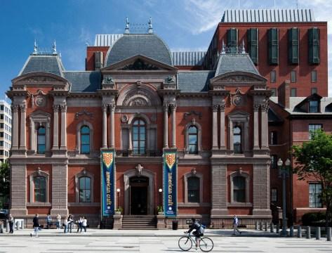 Renwick Gallery, Smithsonian American Art Museum. Joshua Yetman photograph