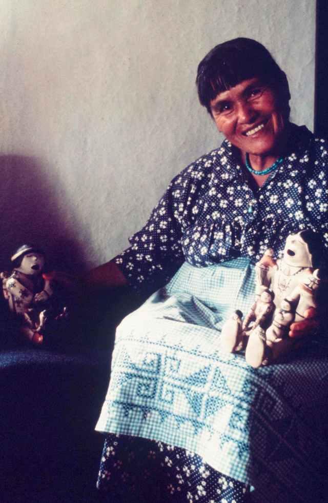 Islands in the Land Exhibition, The Rio Grande, Cochiti, Helen Cordero, Craft in America