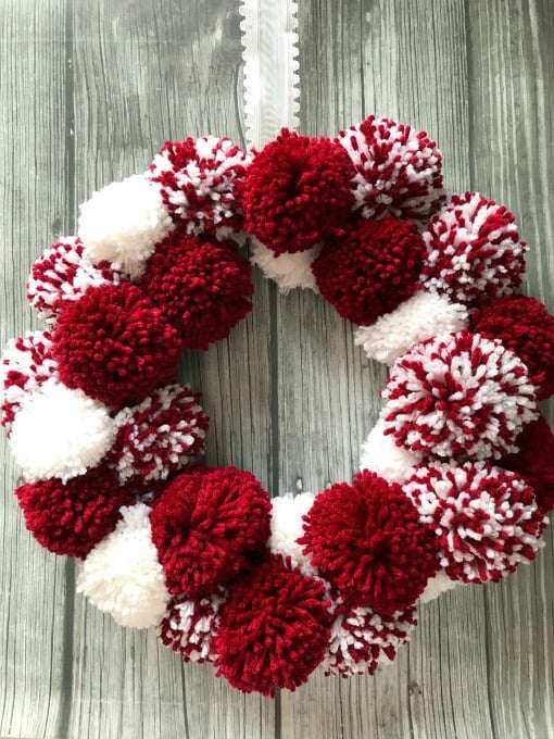 Easy Valentine's Pom Pom Wreath