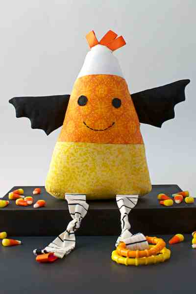 Candy Corn Stuffie – Free Halloween Sewing Pattern