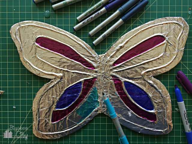 DIY Butterfly Lawn Ornament - Tutorial!