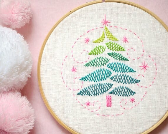 Christmas Tree Embroidery Pattern by Naive Needle