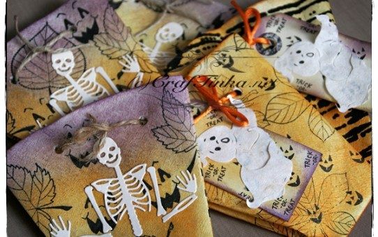 Halloween Coffee Filter Treat Pockets