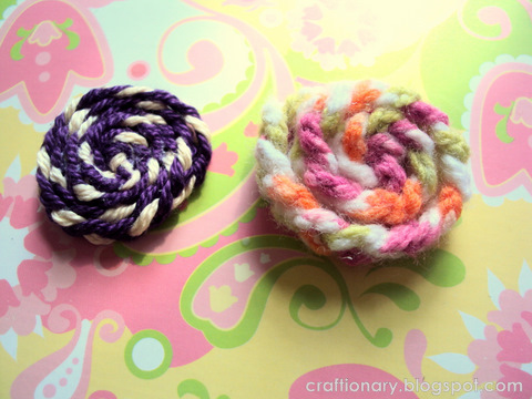 yarn flowers tutorial