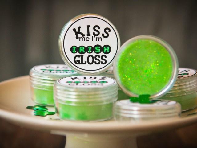glitter gloss green