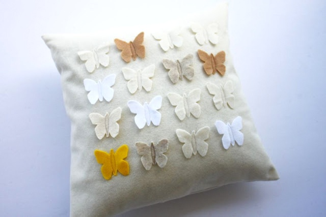 Lifestyle Brands Belton Faux Fur Pillow Off White 18x18