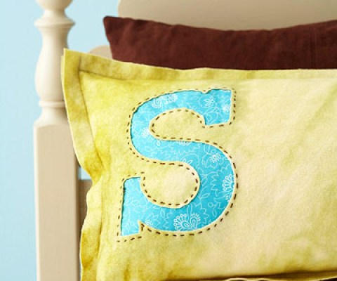 monogram pillow tutorials