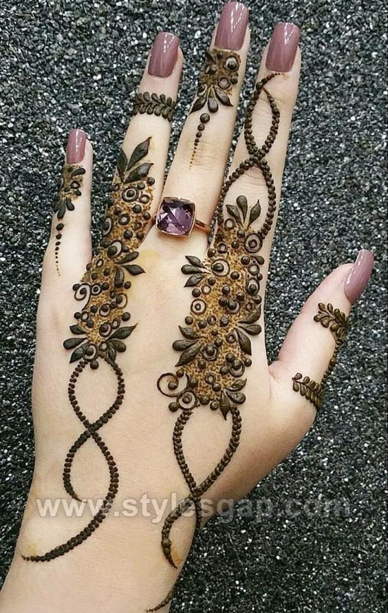 style-gap-mehndi-designs-minimalist