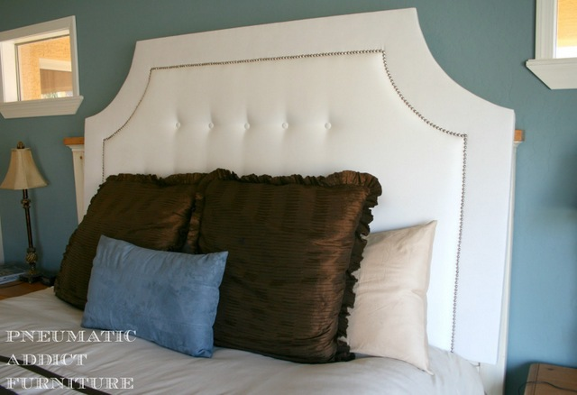 white-tufted-headboard
